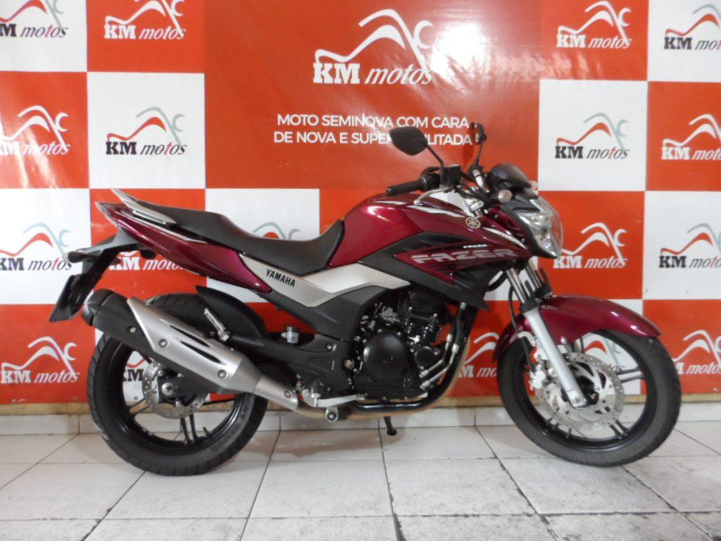 Yamaha Fazer ys 250 Vermelha 2016
