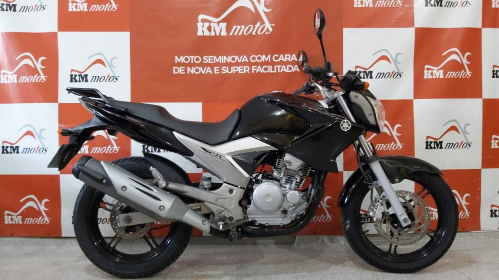 YamahaYS 250 Fazer2012